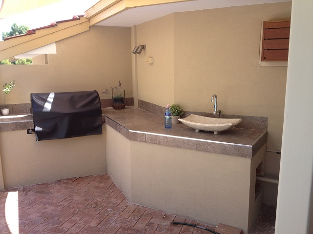 Perth Outdoor Kitchen With Bbq